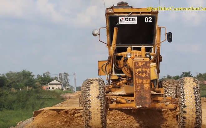 Motor Grader Grading Road and Roller Compactor Soil លីប៊ីល័រកៀរដី